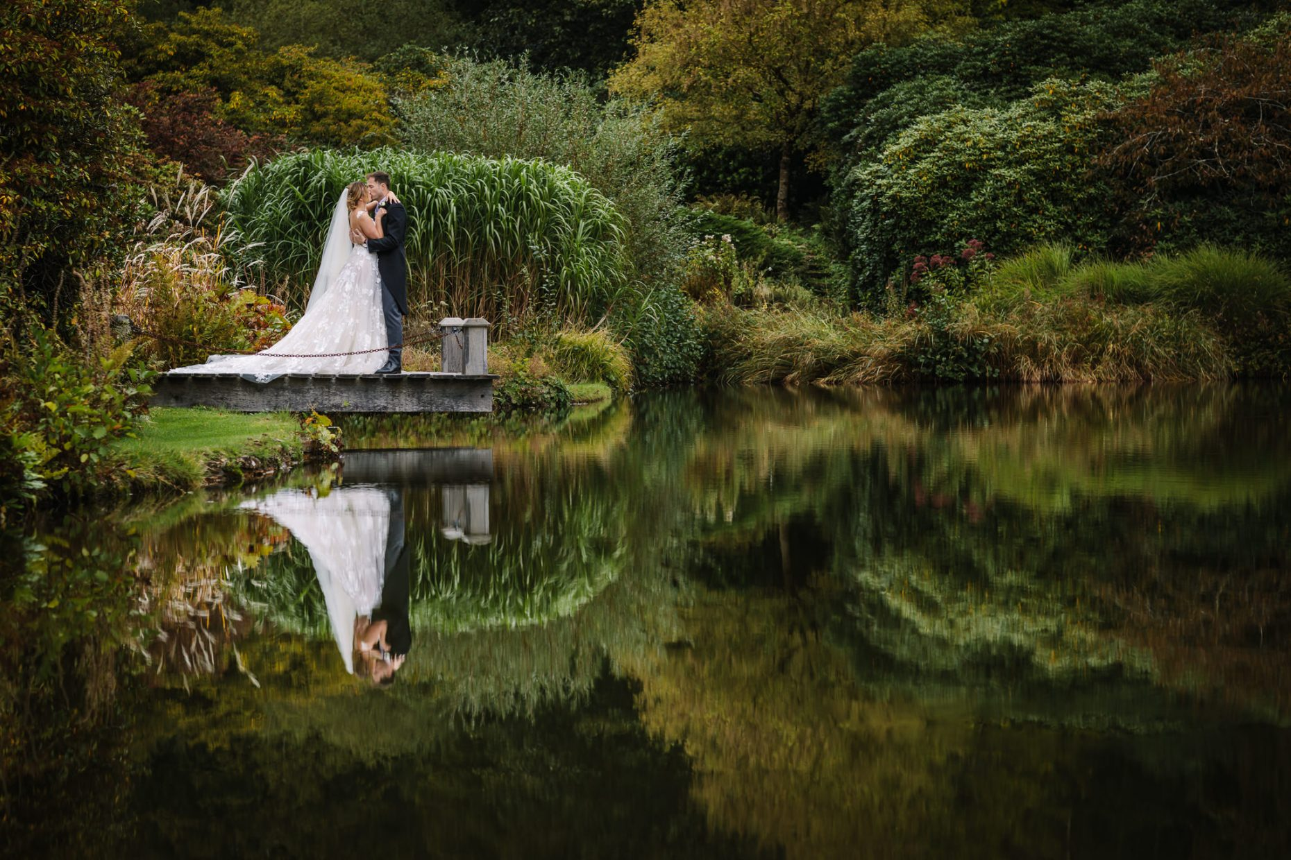 natural authentic documentary wedding photograper surrey CANOE DOCHERTY